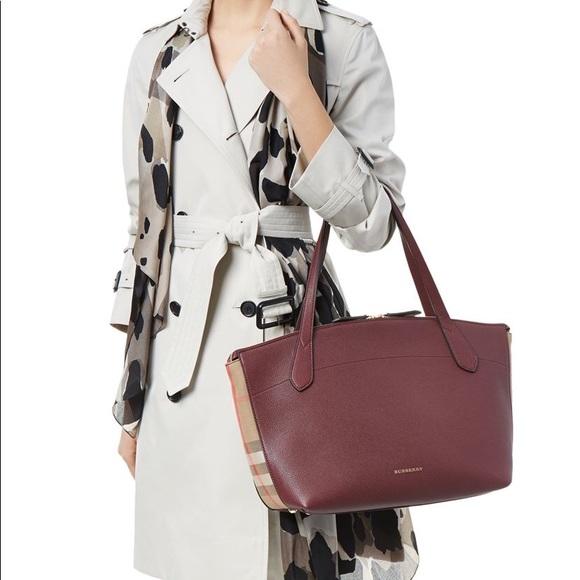 2d377e2815d9 Burberry Handbags - 🎄 SALE BURBERRY WELLBURN TOTE